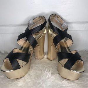 Black & Gold Chunky Platformed Heels 8.5